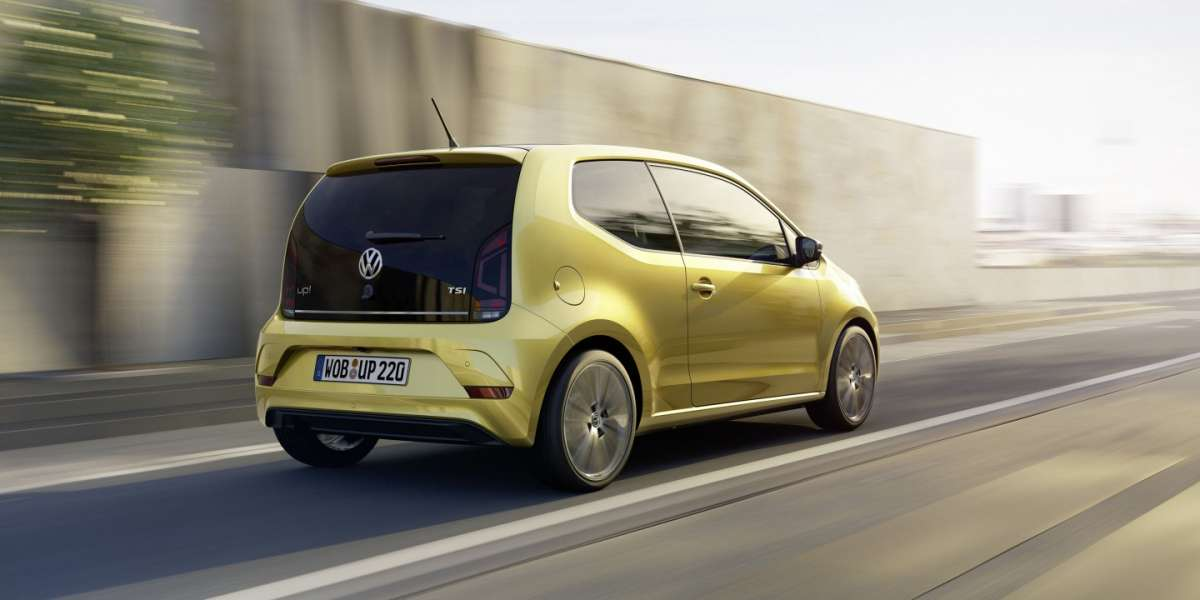 volkswagen-up-2016-posteriore